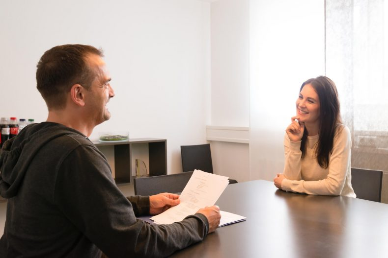 4-boas-praticas-para-solicitar-emprego-em-uma-empresa.jpeg