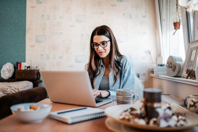 cuidados-que-voce-deve-tomar-ao-buscar-empregos-online